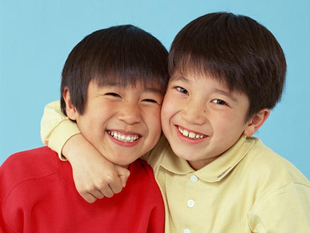1132868971 4423 Escuela de padres: Cinco modales que les animo a enseñar problemas educativos padres educacion modales niños Escuela de padres educacion disciplina ayuda padres ayuda con los hijos