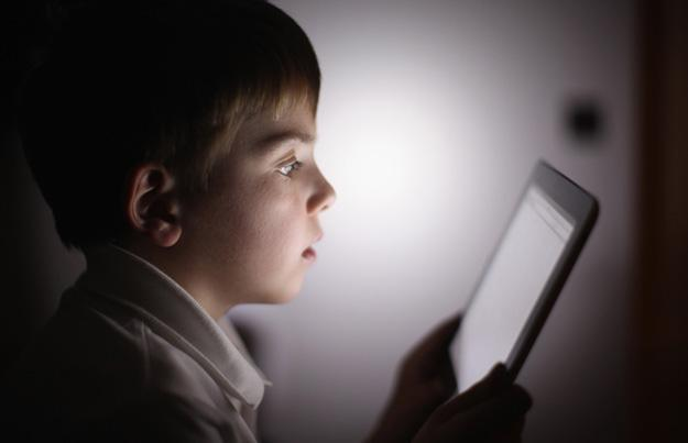Resultado de imagen de niños móviles