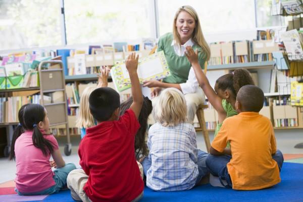 contar cuentos en clase